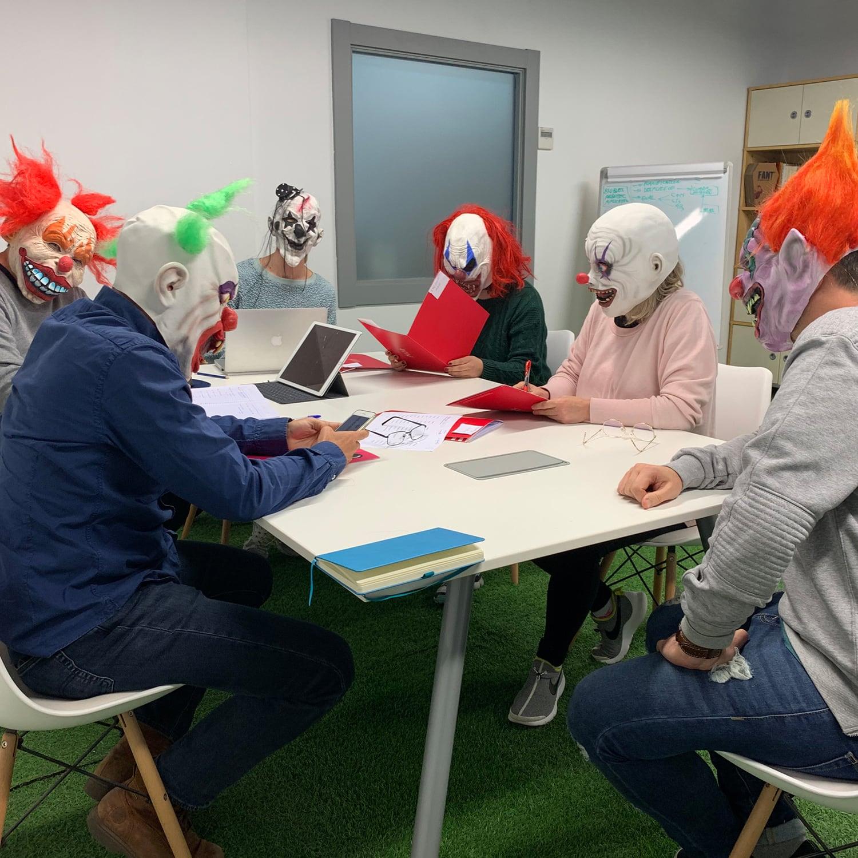 Reunión de payasos